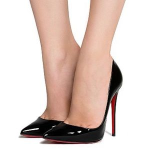Size 9 Christian louboutin (red bottoms)